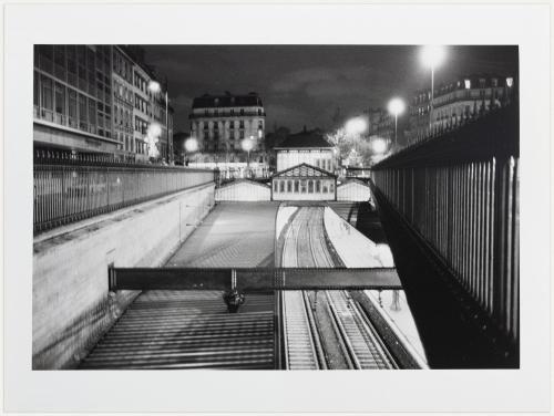 Gare R.E.R. de Port Royal, à la jonction du Boulevard Montparnasse et du boulevard de Port-Royal, 14ème arrondissement, Paris. | Paris Musées