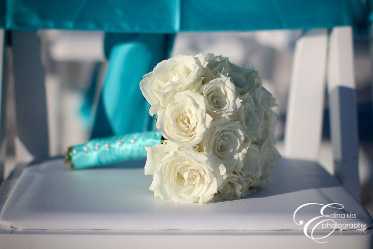 White flowers turquoise ribbon