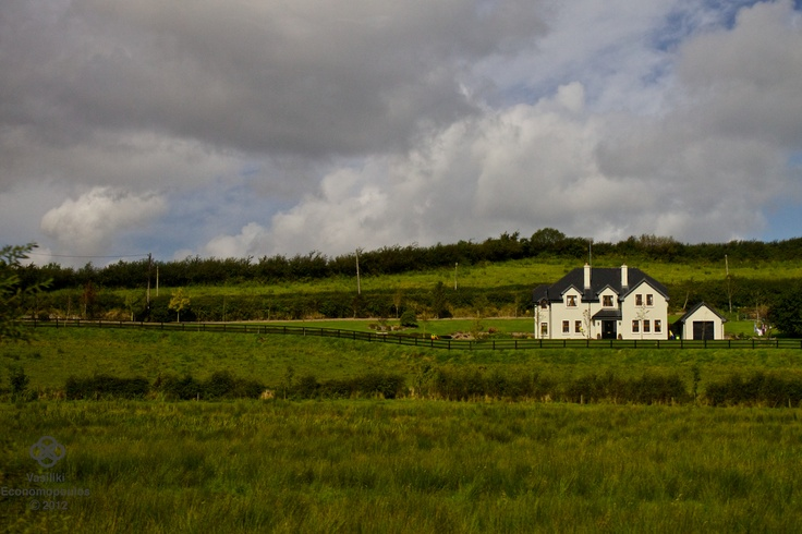 Irish Farm House    www.facebook.com/vasphotoca