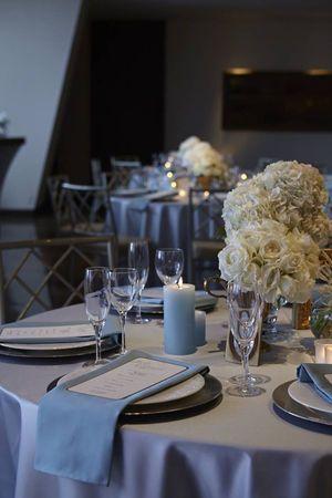 シルバー×水色×白でプリンセスコーディネート♡冬の結婚式の会場装花 まとめ一覧♡