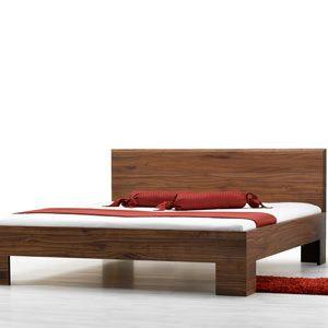 Letto legno massello Laura premium, con testata in legno lineare, realizzato artigianalmente in legno massello, senza parti metalliche…