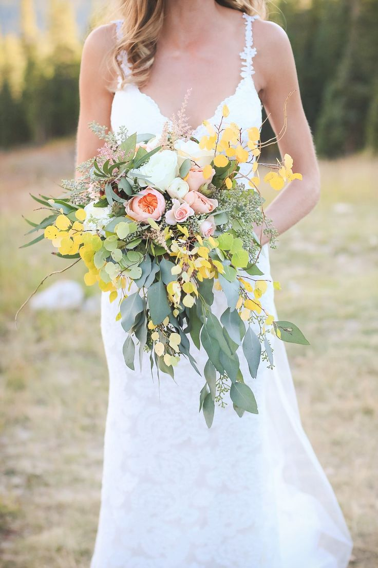 The aspen leaves were already starting to change color for this bride's late fall wedding #Breckenridge #Florist #Flowers #Wedding  Florals by Petal & Bean Breckenridge, CO