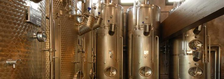 Refrigerated state-of-the-art stainless steel tanks