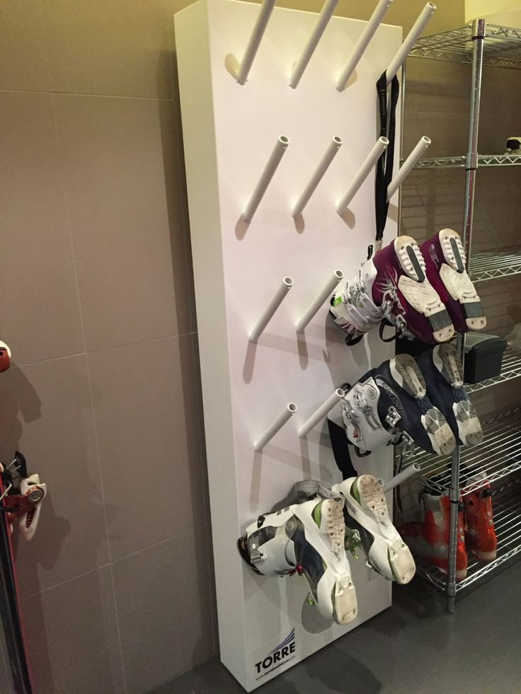 Our 10 pairs unit at work drying ski boots inside a client's mud room. The TORRE dryer can also be used to dry gloves, mitts, skates, etc...