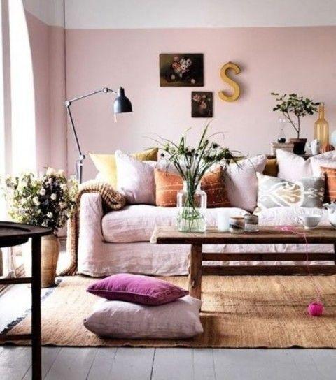 Soggiorno sfumature di rosa - Arredare casa con il colore rosa tenue