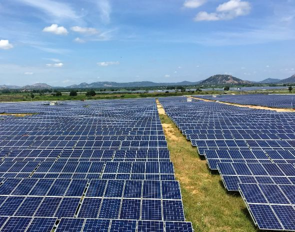 Australian Solar Plant To Have World S Largest Power Storage Capacity Tokyo A Roughly 1 Billion Solar Energy Project In Aust Solar Solar Energy Projects Solar Energy Facts