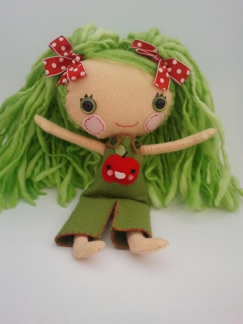 Sweet Apple, Wool felt doll