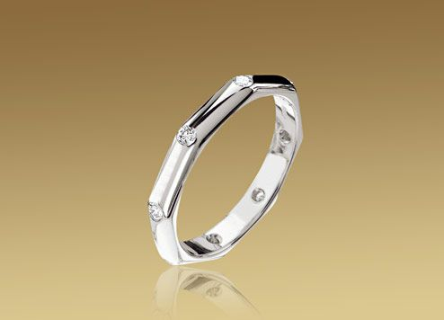 bvlgari wedding band in 18 kt white gold with 8 diamonds also available in 18 kt yellow gold