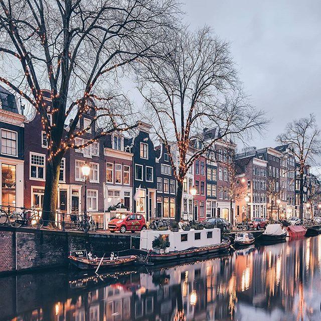 Amsterdam photo credit @een_wasbeer