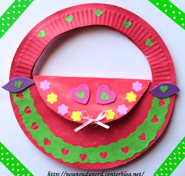 Lilyu0027s Purple Plastic Purse activity. Sac à main en assiettes carton  sc 1 st  Pinterest & 142 best Paper Plate Crafts images on Pinterest | Crafts for kids ...