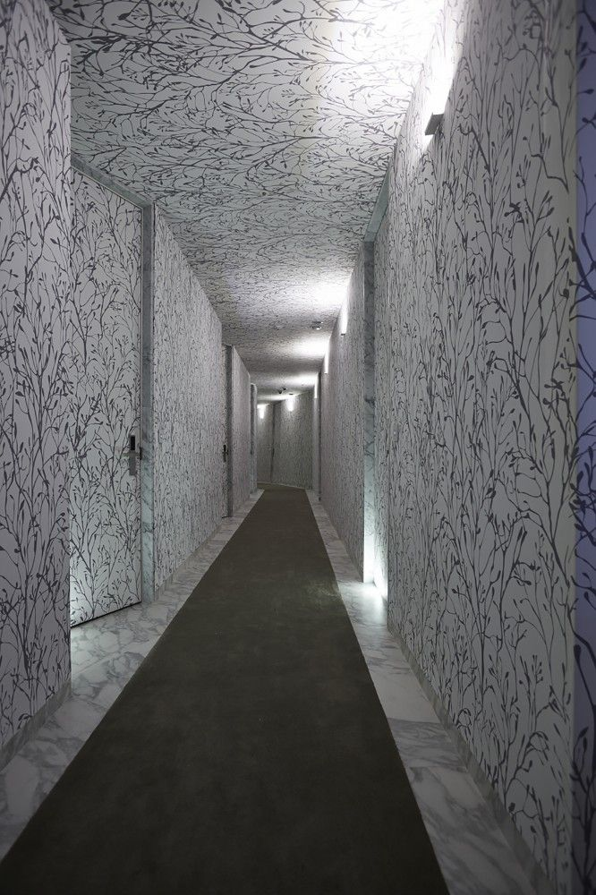Snow Hotel / 1990 uao + Archigroup MA - Banpo-daero 14-gil, Seocho-gu, Seoul, South Korea