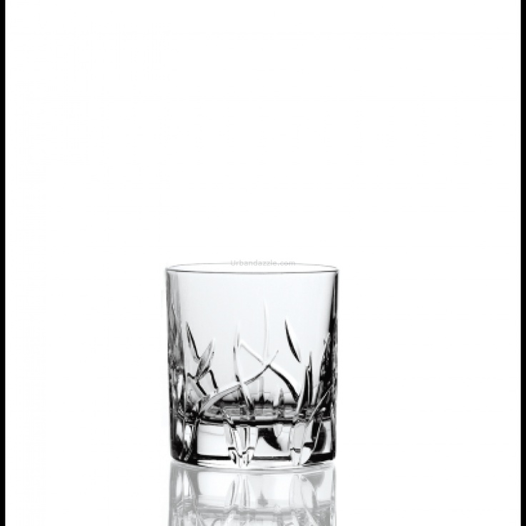 Davinci Crystal  Zarah Double-Old Fashioned Tumbler 290ml    Keep your drink a short and sweet affair as you bring home this exquisite set of Zarah Double-Old Fashioned Tumblers.