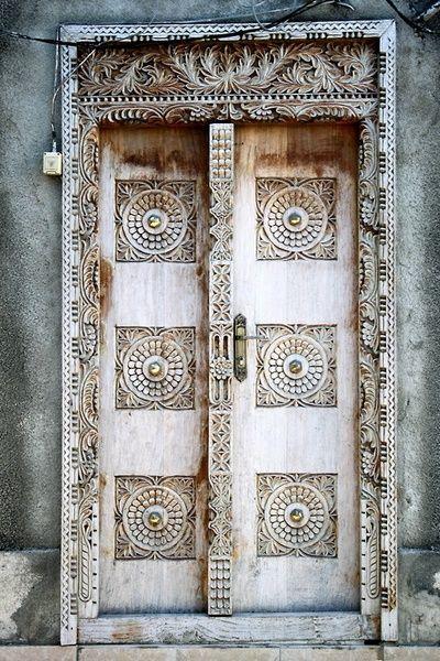 Stone Town, Zanzibar | Grace Olguin Beautiful, intriguing door, fit for a Goddess to walk through.