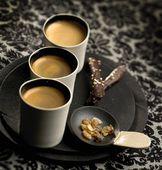 Fotochannels - coffee in black