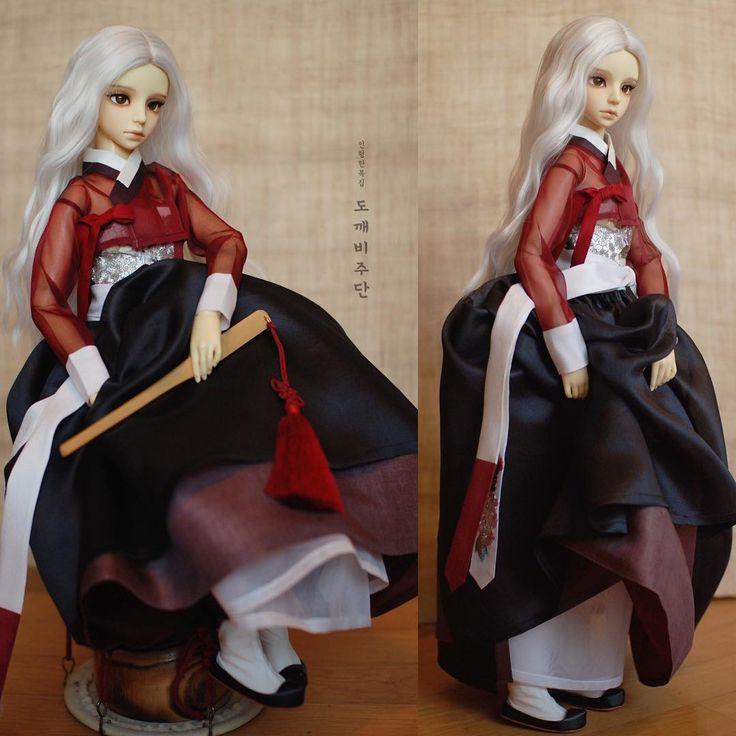 [HeukMae] dark red, black, burgundy of rich spectrum #koreancostume #dollhanbok #craft #dressmaking #인형한복 #bjd #dollstagram