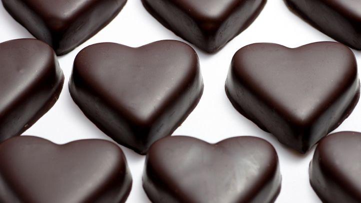 Additional health benefits linked to dark chocolate!!