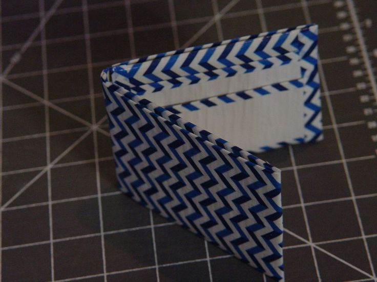 Duct Tape Wallet - how to make a duct tape wallet.  Tutorial with step by step photos.