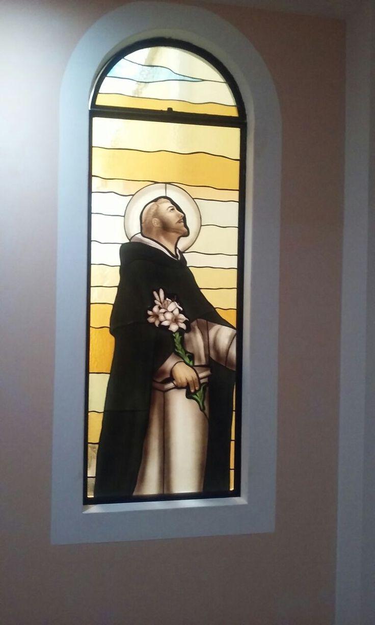 Vitral de Santo Domingo hecho para Colegio religioso en Chiclayo, Perú.