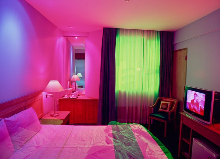 23 best images about neon noir on pinterest for Petra josting