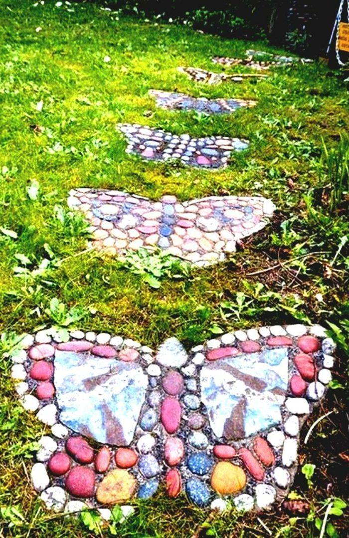 Deko Ideen Selbermachen Gartenweg Steine Bemalen Schmetterlinge Bemalen Gartenweg Ideen Schmetterlin Garden Stepping Stones Stepping Stones Diy Diy Garden
