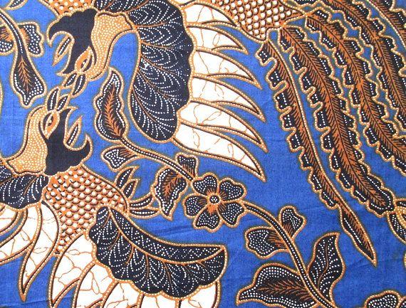 Vntg Indonesian wax batik cloth kain sarong Indrawati night blue brown beige flowers roosters motif 100 x 200 cm