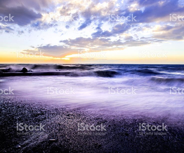 rough sea and backwash foto stock royalty-free