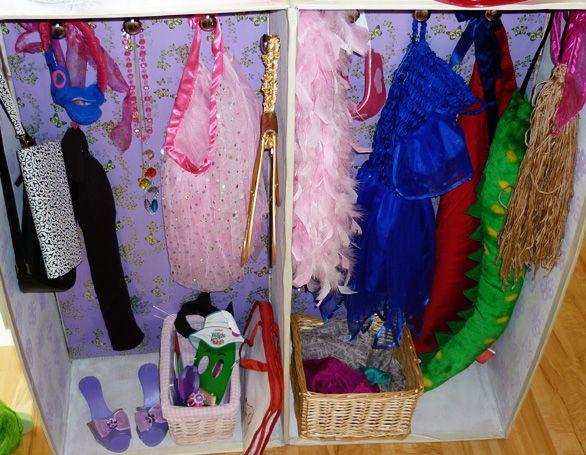 Christy: Dress up closet for kids?? http://childhood101.com/2010/12/diy-kids-dress-up-wardrobe/