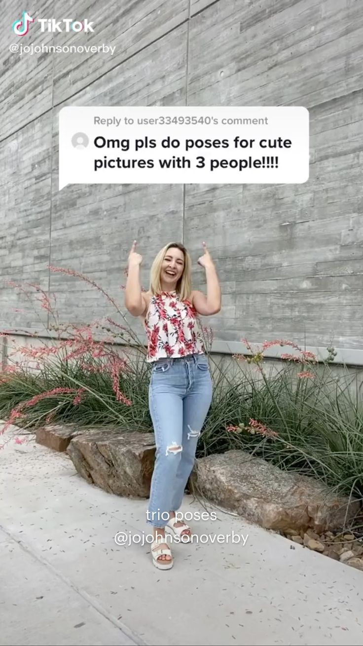 Cute Poses For Pictures, Cute Friend Pictures, Best Friend Pictures, Picture Poses, Photo Poses, Bff Pics, Poses For Photos, Picture Ideas, Girl Photography Poses