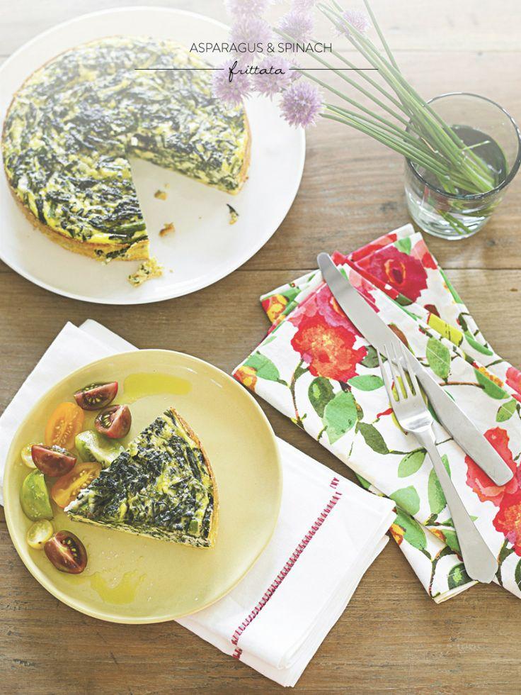 Ομελέτα φούρνου με σπαράγγια και σπανάκι-η ισπανική κουζίνα έχει να μας διαθέσει πολλές εύκολες, πράσινες συνταγές για ένα χορταστικό, παραδοσιακό γαμήλιο μενού! www.lovetale.gr