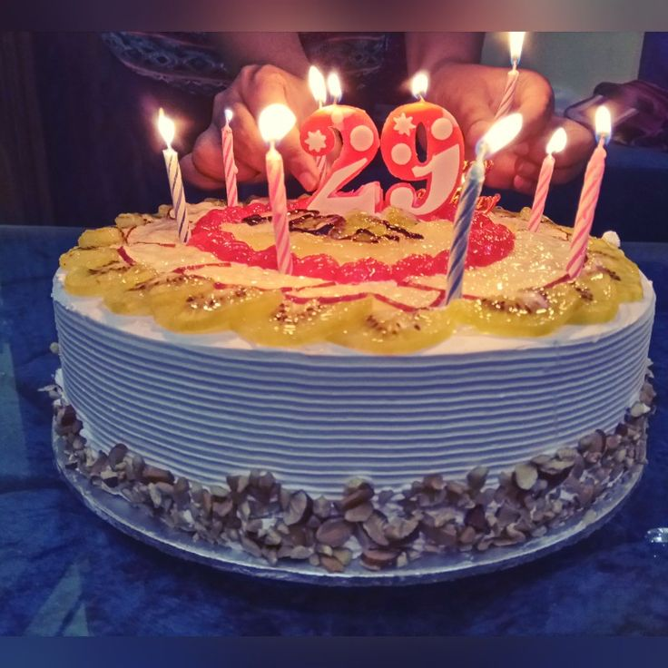 Best 25+ 29th Birthday Cakes Ideas On Pinterest