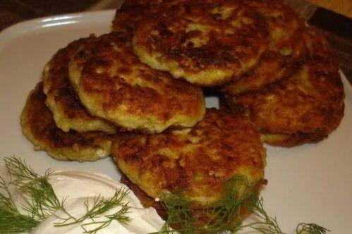 Котлеты из кабачков с добавлением картофеля и любого сыра - вкусные, полезные и бюджетные. Ингредиенты, описание приготовления овощных котлет.
