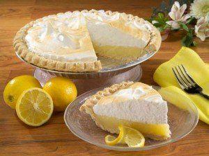 Pie de limon / Lemon Pie.... one of my favorite desserts !