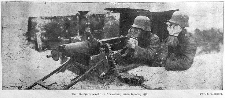 """Julian Nordhues on Twitter: """"""""Am Maschinengewehr in Erwartung eines Gasangriffs."""", Berliner Illustrirte Zeitung, 14.1.1917 https://t.co/FZZo6ISyLH"""""""