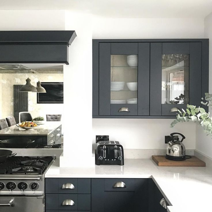 Kitchen Renovation Newcastle: Best 25+ Mirror Splashback Ideas On Pinterest