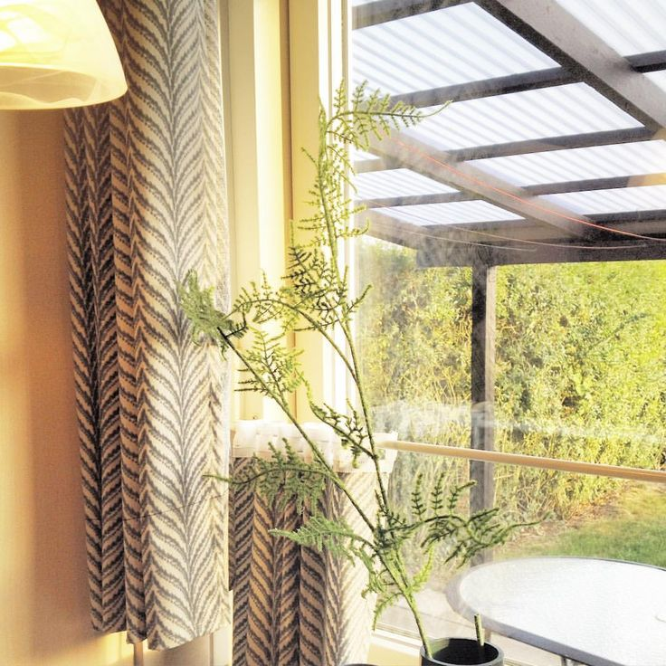 New curtains are up in Mom's kitchen, and they brighten up the space in my opinion. #diy #inadethis - gitteherloev