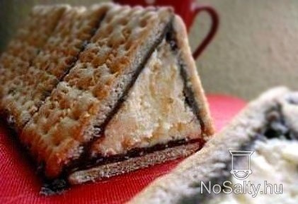 Kekszes turópiramis :-) - Biscuit and cheese piramid