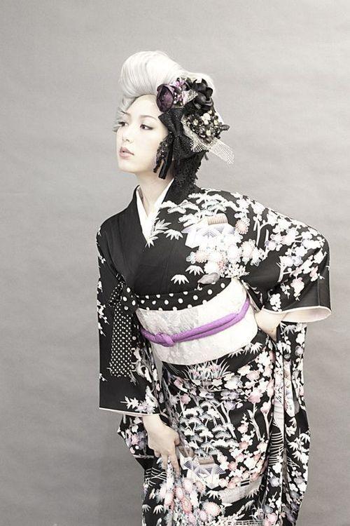decadence-jp: http://ameblo.jp/dalikoneko/entry-11611685231.html ダリヘアデザイン 高島の靭公園から徒然と