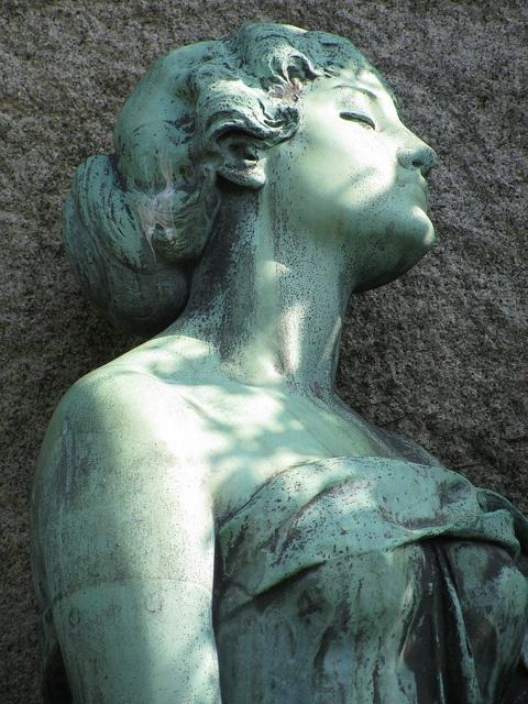 Cemetery Statue by Padeia, via Flickr