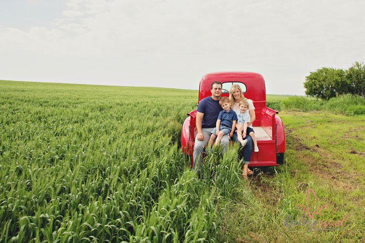 Kaley Noel Photography » Kingston Ontario Wedding & Lifestyle Photography