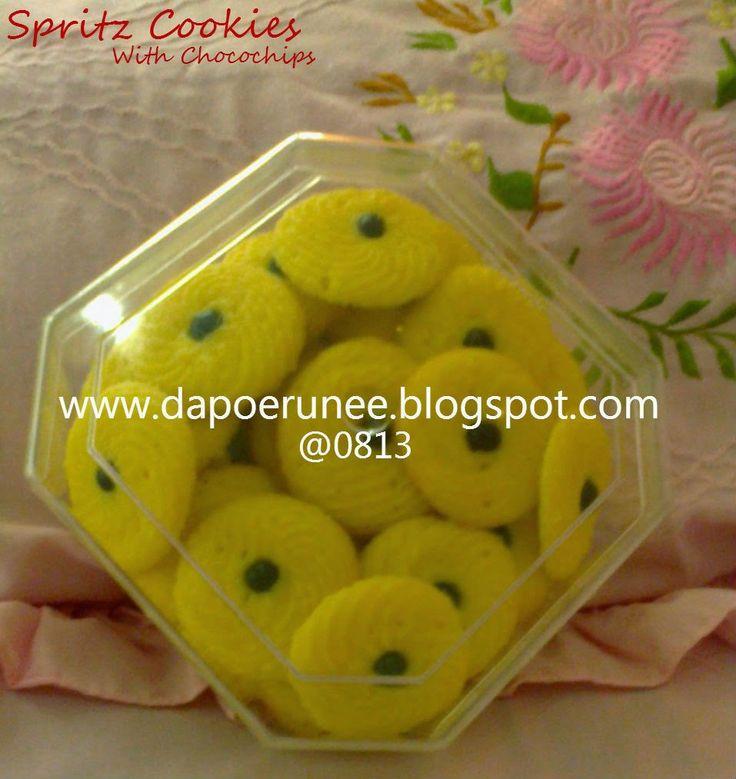 dapoerunee : Spritz Cookies with Chocochips