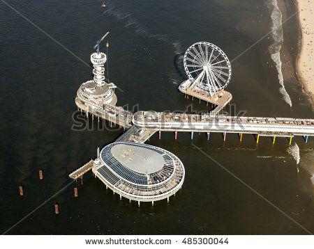 stock-photo--september-scheveningen-den-haag-holland-aerial-view-of-the-brand-new-pier-and-ferris-485300044.jpg (450×358)