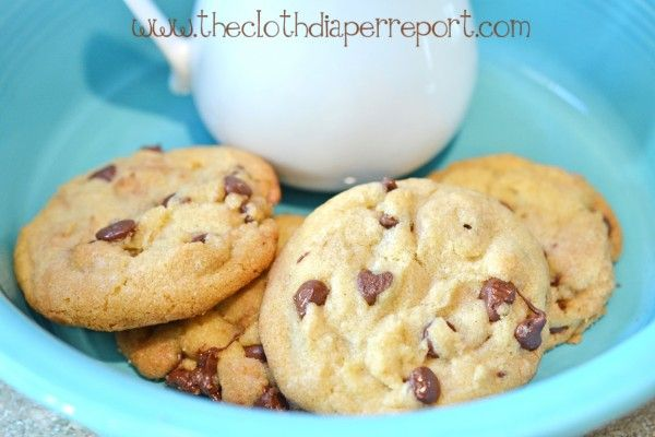 It was a chocolate chip cookie kind of week. I share my new favorite Chewy Chocolate Chip cookie recipe on the blog today. YUM!