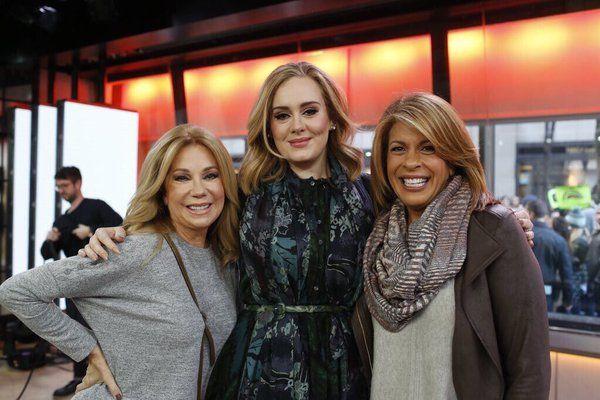 Adele, Kathie Lee and Hoda Kotb at 'TODAY Show' (nov. 25)