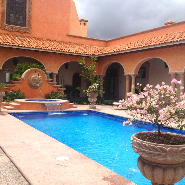150 best mi patio andaluz images on pinterest haciendas spanish style and arquitetura for What is swimming pool in spanish