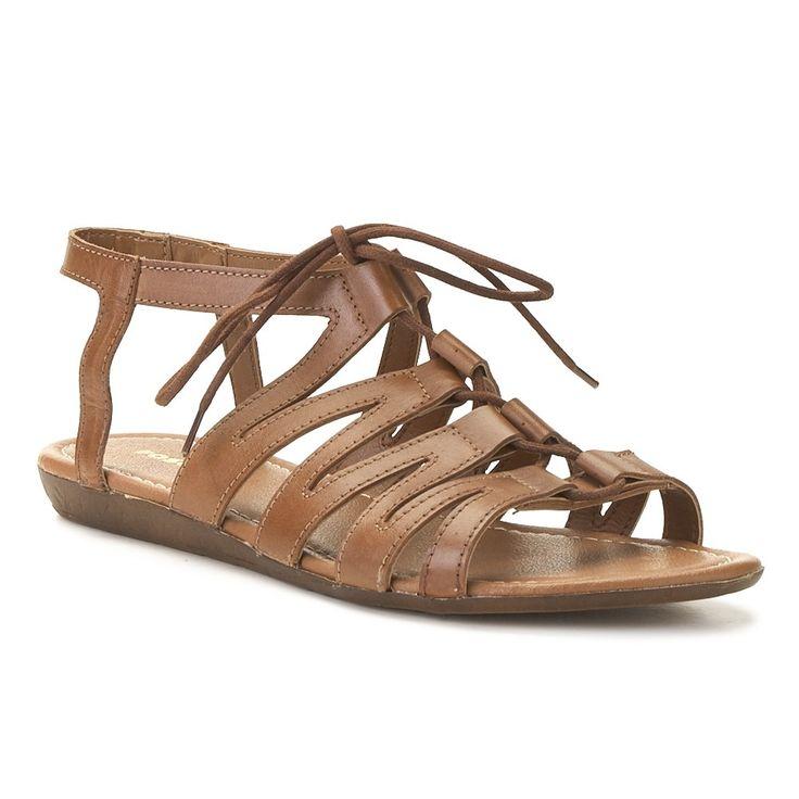 Tienda de zapatos y calzado online. Compra zapatos online en Merkal para  toda la familia. Descubre todo nuestro catálogo de zapatos online. aea595380f567