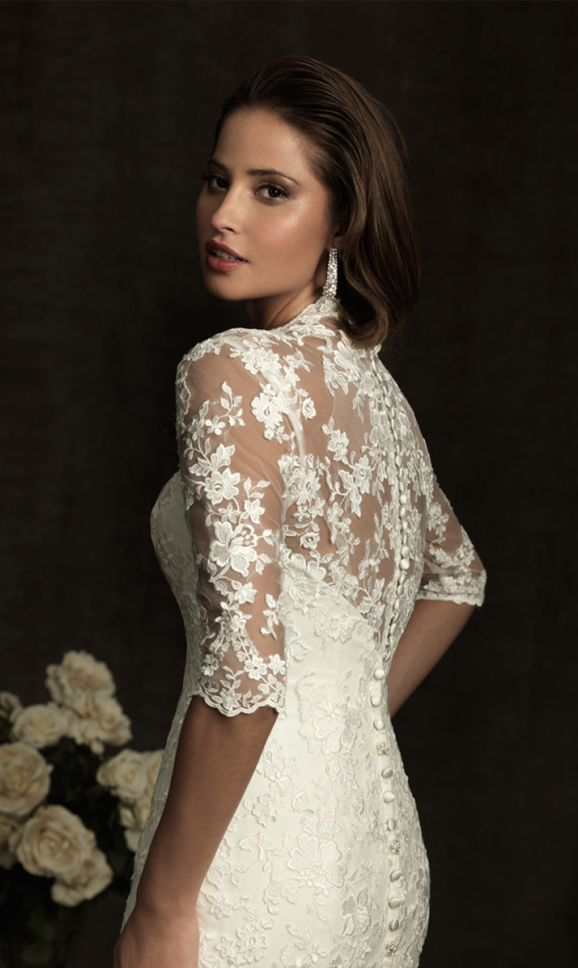 Tendance Robe De Mariée 2017/ 2018 : lace wedding dress lace wedding dresses love the back...