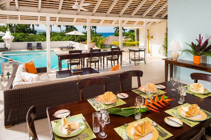 Villa 6 | Deluxe Jamaica Villa at Round Hill is a 4 bedroom Villa with sprawling, olympic size pool and tiered pool deck, indoor/outdoor living spaces and an outdoor shower. #luxury #villa #jamaica #montegobay #islandretreat #resort