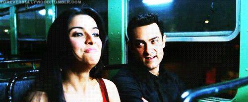 Aamir Khan Gif - ForumTutkusu.Com - Forum Tutkunlarının Tek Adresi
