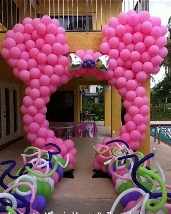 Minnie balloon arch love it