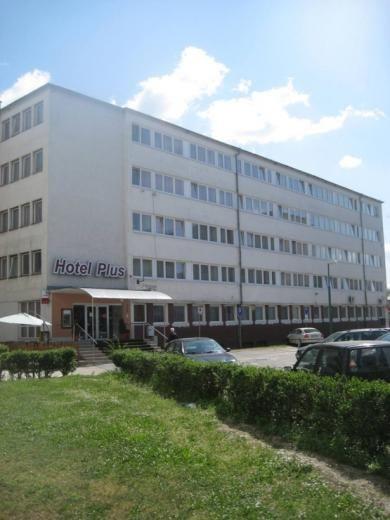 Plus Hotel - Bratislava